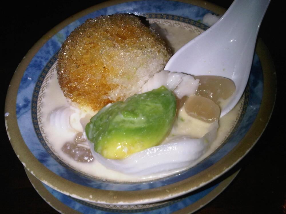 famous indonesian dessert